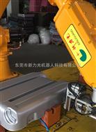 公司自主研发多方位360度旋转全自动多工序,嘉兴拉杆箱打螺丝机器人
